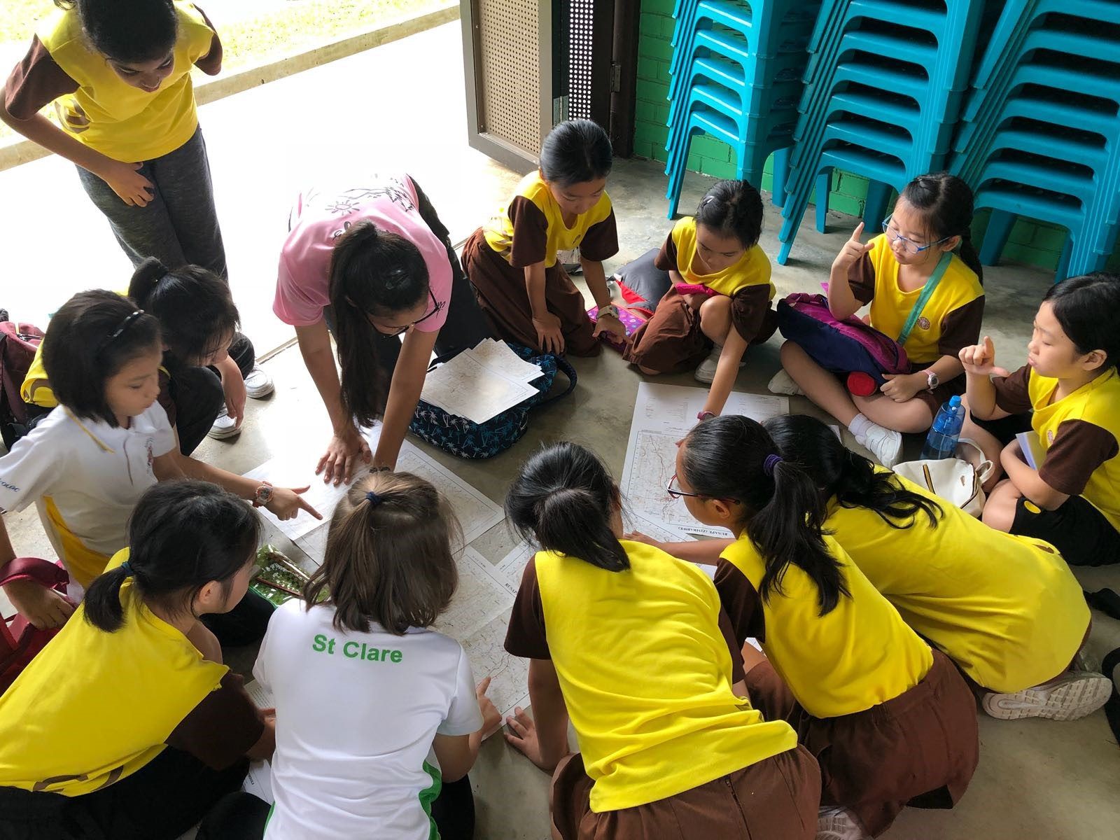 Learning Simple Map Reading skill with fellow brownies from other schools!.jpg